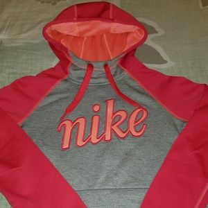 Nike hoodie Small - Therma fit